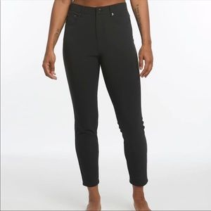 Oiselle Black Roga Performance Jeans-Large